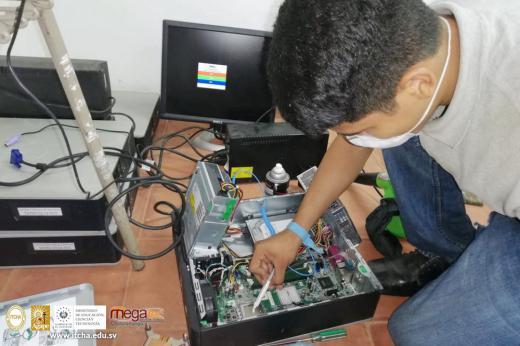 Técnico en Ingeniería de Soporte Informático